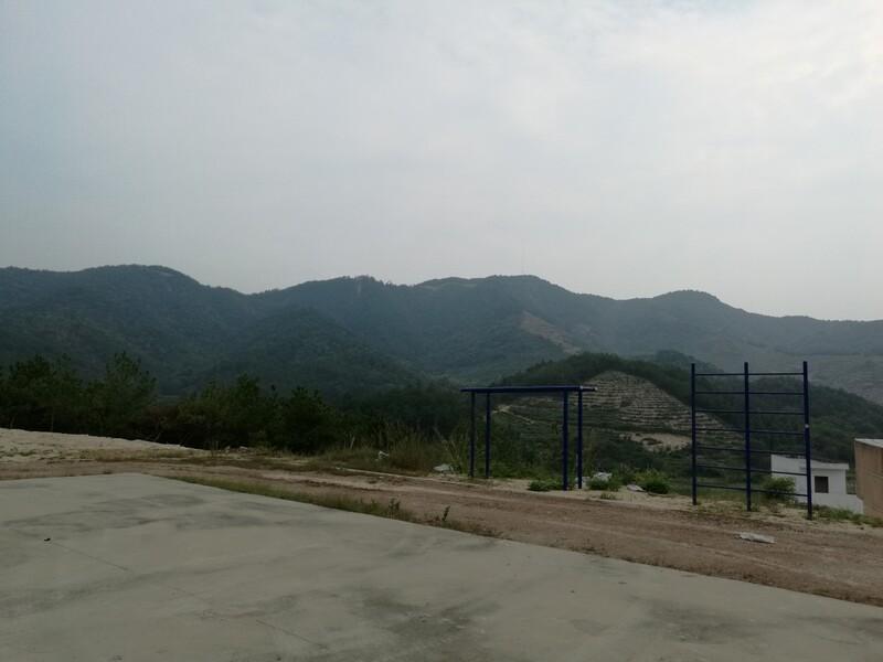 山顶上的运动场